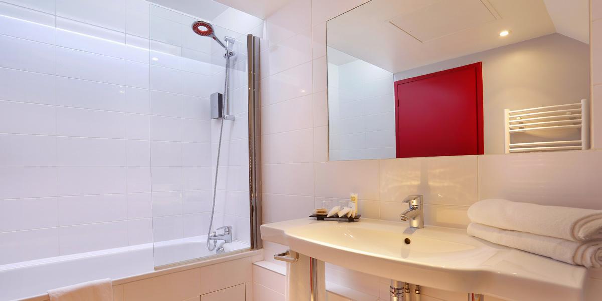 Salle de bain de la chambre Confort